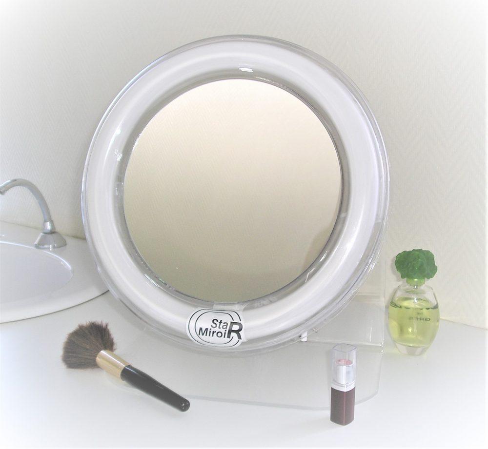Le miroir grossissant éclairé StarMiroir